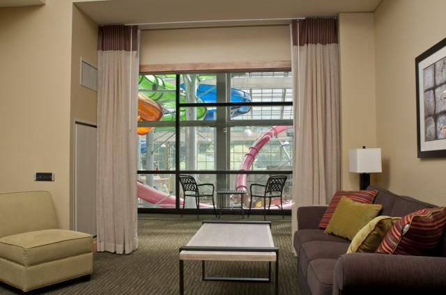 RS3628_LennyChris_2012_summer_Hotel_Jay0024-lpr